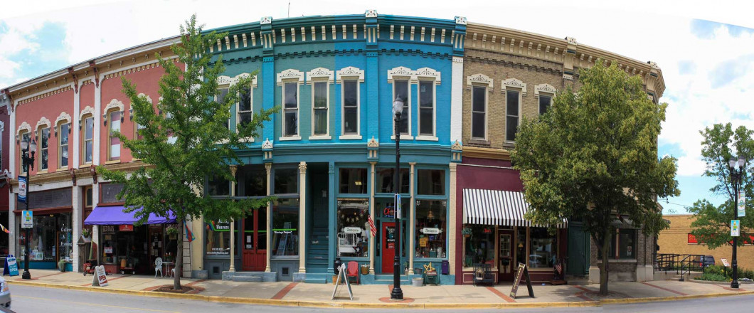 Where Small Town Shopping Meets Online Convenience